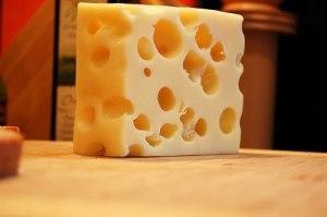 ¿Se puede congelar el queso suizo?