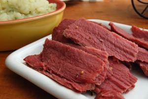 ¿Puede congelar la carne en lata?