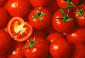 ¿Puede congelar tomates frescos?