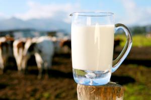 ¿Puede congelar leche cruda?